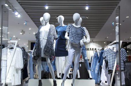 Alege-ti hainele