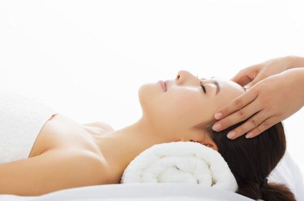 Cursurile de masaj si de manichiura sunt baza pentru o afacere cu un centru de masaj si de manichiura-pedichiura