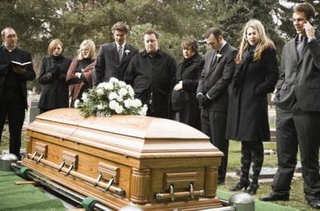 Firmele de pompe funebre sunt de un real folos cand decesul survine la spital