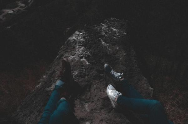 5 idei de ținute casual cu pantofi sport