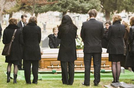 Tradiții și obiceiuri de înmormântare