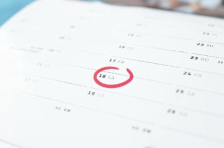 Modele de calendare personalizate cu care poți să atragi simpatia clienților tăi