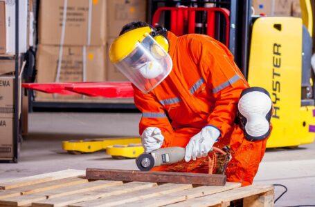 Protecția muncii o birocrație, o obligație morală sau asigurarea succesului