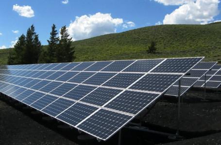 4 avantaje pe care le oferă energia regenerabilă