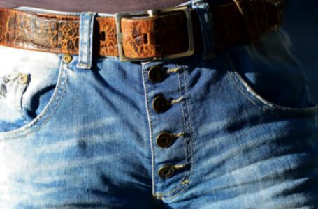 3 accesorii esențiale în garderoba unui bărbat
