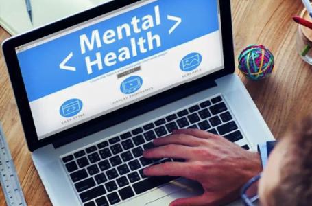 Terapia online: ce este, care sunt avantajele şi diferenţele cu terapia tradiţională şi când să o alegeţi