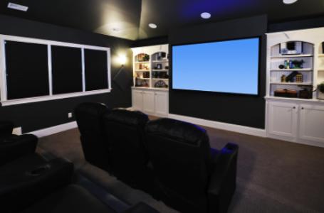 Cum amenajezi un home cinema în mansardă